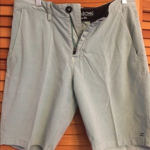 Turquoise/mint billabong shorts